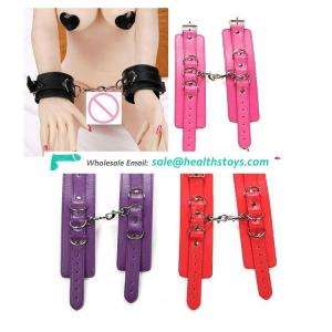 2017 Hot Sale Sex Toy products 4 colors adult sm game pu Handcuff Shackle