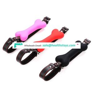 Latest product Mouth Gagged Kit bone plug Harness Plastic Mouth Plug for Couple